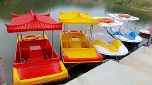 funfair water park boats
