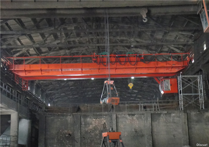 Excellent grab bridge crane for sale