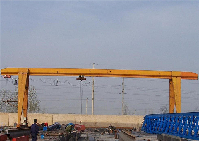 12,5 ton single girder gantry crane buy in China
